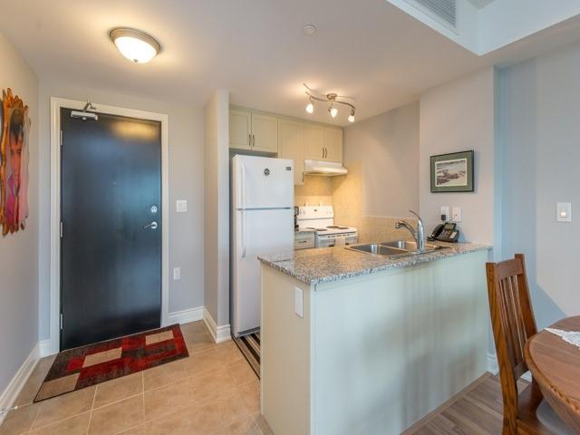 Condo Apartment at 149 Church St, Unit 606, King, Ontario. Image 12