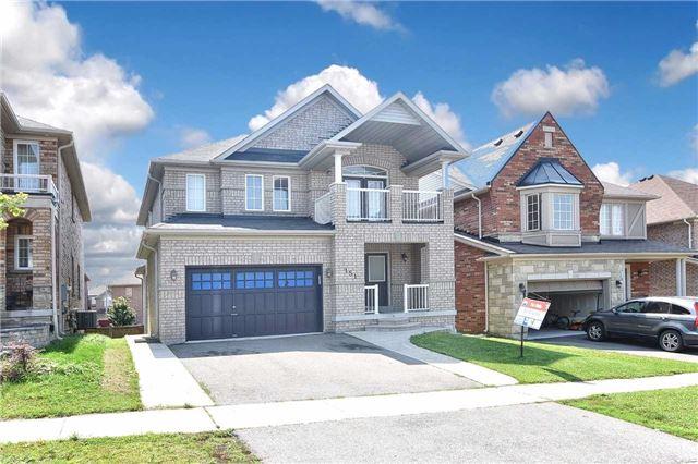 Detached at 151 Petticoat Rd, Vaughan, Ontario. Image 1