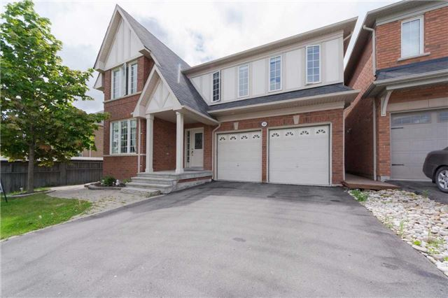 Detached at 369 Tower Hill Rd, Richmond Hill, Ontario. Image 1