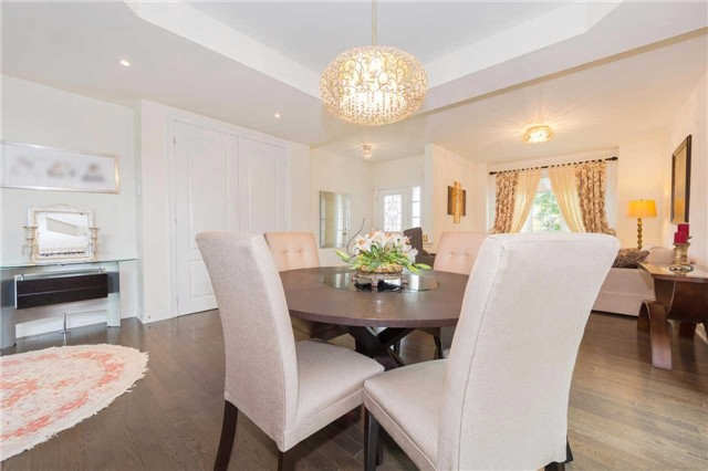 Detached at 369 Tower Hill Rd, Richmond Hill, Ontario. Image 14