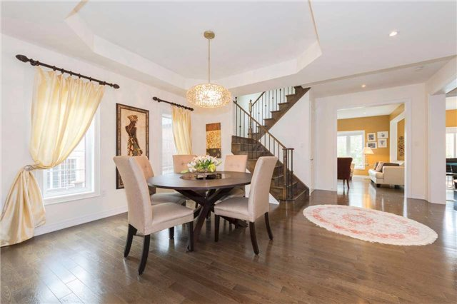 Detached at 369 Tower Hill Rd, Richmond Hill, Ontario. Image 16