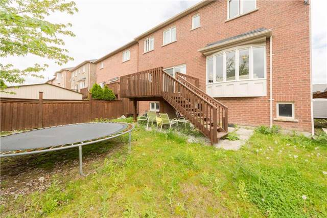 Detached at 369 Tower Hill Rd, Richmond Hill, Ontario. Image 13