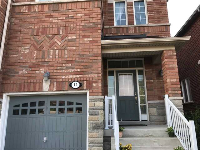 Townhouse at 12 Gosnel Circ, Bradford West Gwillimbury, Ontario. Image 12