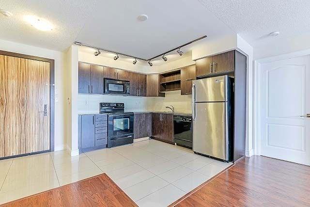 Condo Apartment at 50 Clegg Rd, Unit 612, Markham, Ontario. Image 12