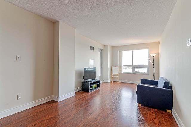 Condo Apartment at 50 Clegg Rd, Unit 612, Markham, Ontario. Image 15