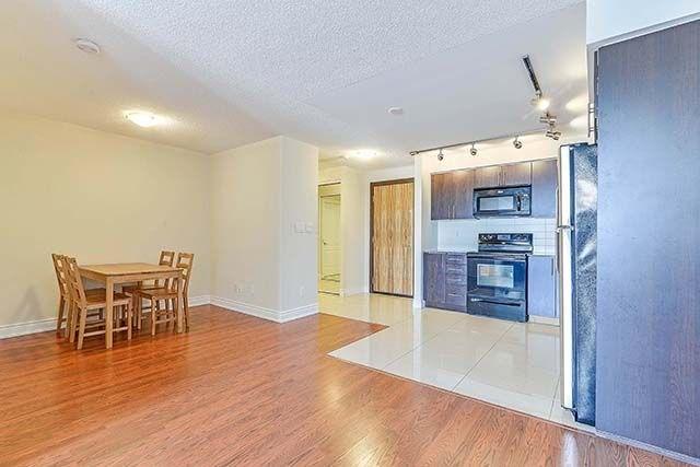 Condo Apartment at 50 Clegg Rd, Unit 612, Markham, Ontario. Image 17