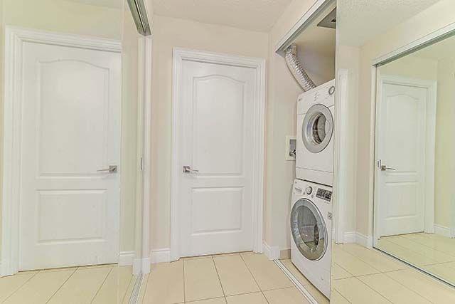 Condo Apartment at 50 Clegg Rd, Unit 612, Markham, Ontario. Image 4