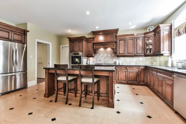 Detached at 45 William St, Whitchurch-Stouffville, Ontario. Image 16