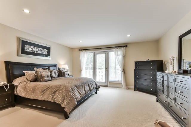 Detached at 45 William St, Whitchurch-Stouffville, Ontario. Image 2
