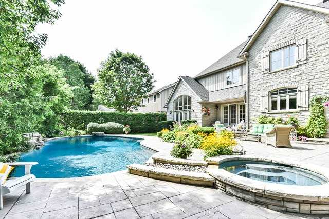 Detached at 45 William St, Whitchurch-Stouffville, Ontario. Image 13