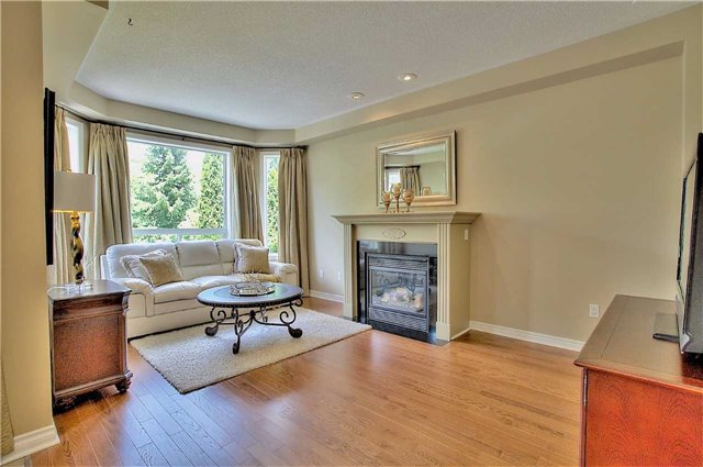 Detached at 106 Snowy Meadow Ave, Richmond Hill, Ontario. Image 16