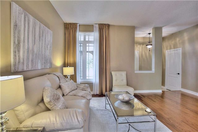 Detached at 106 Snowy Meadow Ave, Richmond Hill, Ontario. Image 18