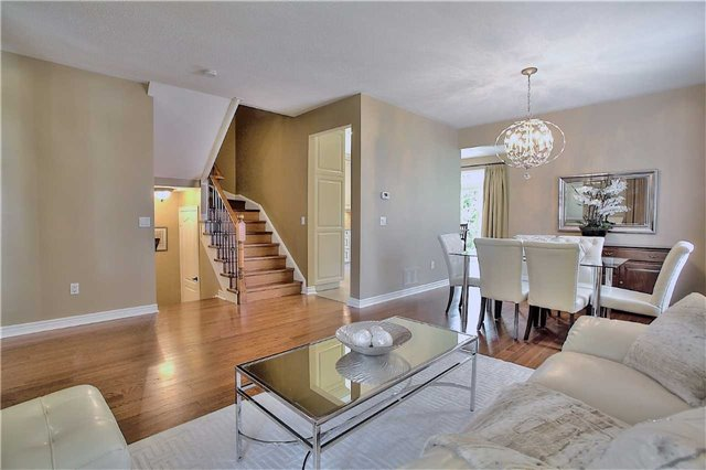Detached at 106 Snowy Meadow Ave, Richmond Hill, Ontario. Image 19