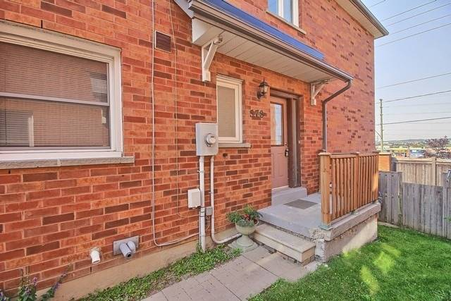Townhouse at 578 Pinder Ave, Newmarket, Ontario. Image 14