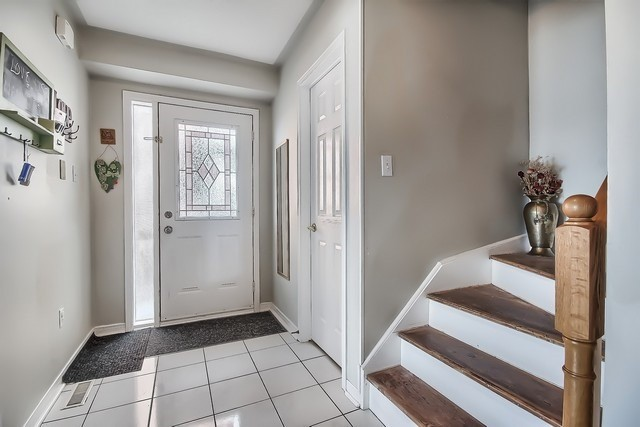 Townhouse at 578 Pinder Ave, Newmarket, Ontario. Image 15