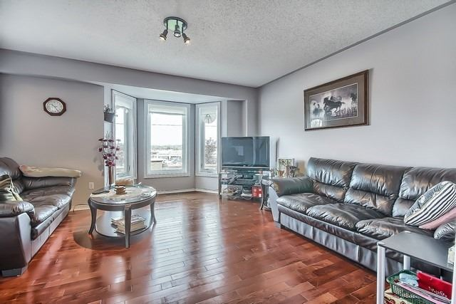 Townhouse at 578 Pinder Ave, Newmarket, Ontario. Image 18