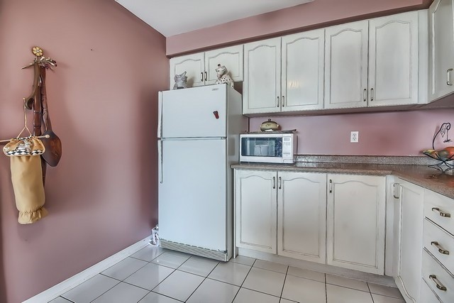 Townhouse at 578 Pinder Ave, Newmarket, Ontario. Image 3