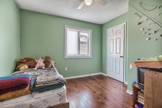 Townhouse at 578 Pinder Ave, Newmarket, Ontario. Image 8