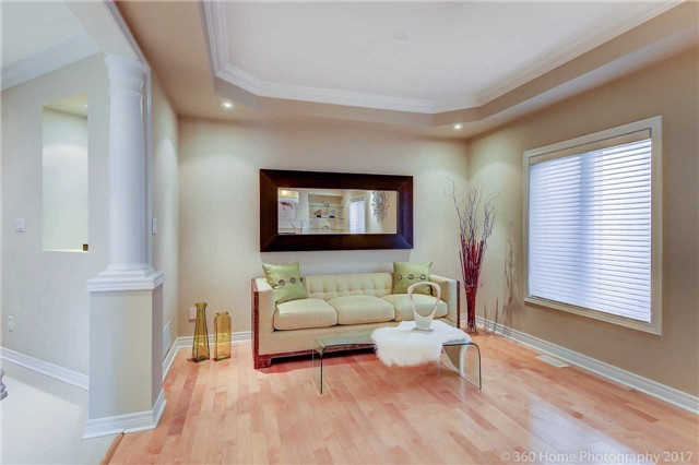 Detached at 23 Strauss Rd, Vaughan, Ontario. Image 15