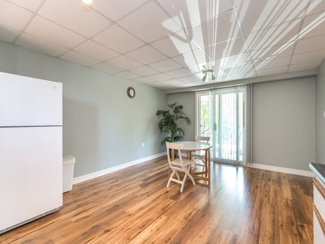 Detached at 445 Hill St, East Gwillimbury, Ontario. Image 19