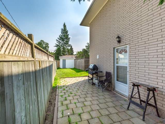 Detached at 445 Hill St, East Gwillimbury, Ontario. Image 13