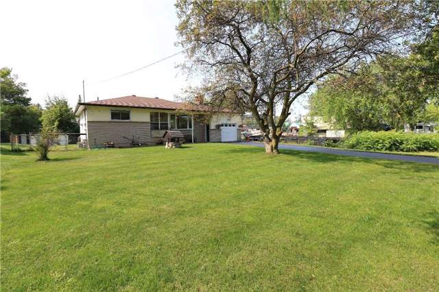Detached at 2082 Lea Rd, Innisfil, Ontario. Image 12