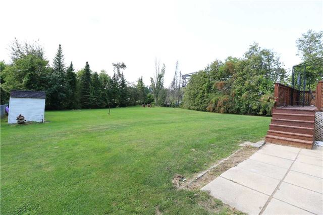 Detached at 2082 Lea Rd, Innisfil, Ontario. Image 19