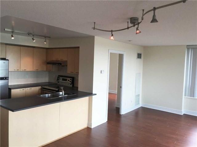 Condo Apartment at 48 Suncrest Blvd, Unit 206, Markham, Ontario. Image 15