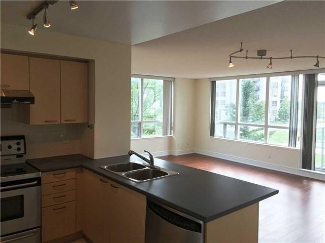 Condo Apartment at 48 Suncrest Blvd, Unit 206, Markham, Ontario. Image 16