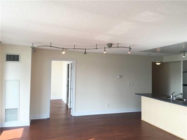 Condo Apartment at 48 Suncrest Blvd, Unit 206, Markham, Ontario. Image 3