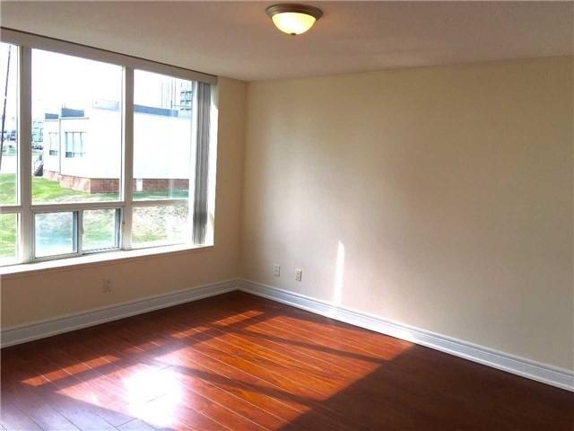 Condo Apartment at 48 Suncrest Blvd, Unit 206, Markham, Ontario. Image 4