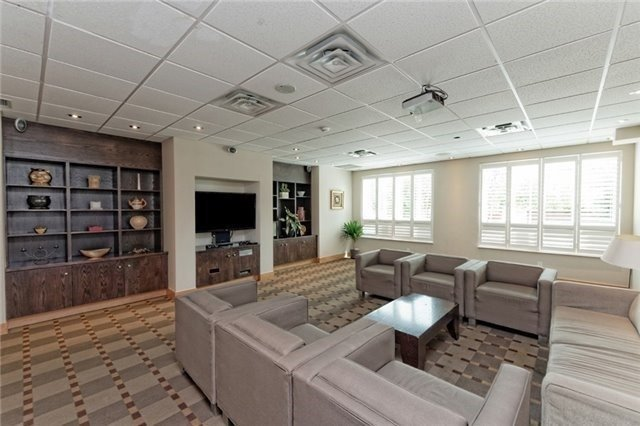 Condo Apartment at 48 Suncrest Blvd, Unit 206, Markham, Ontario. Image 11