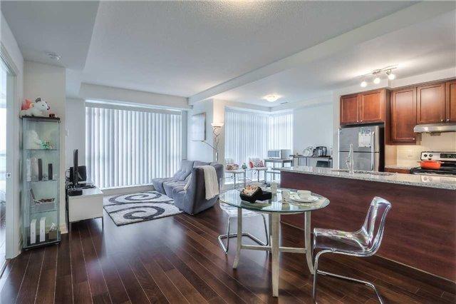 Condo Apartment at 8130 Birchmount Rd, Unit 809, Markham, Ontario. Image 15