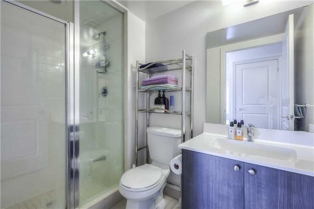 Condo Apartment at 8130 Birchmount Rd, Unit 809, Markham, Ontario. Image 3