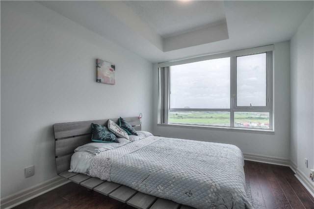 Condo Apartment at 8130 Birchmount Rd, Unit 809, Markham, Ontario. Image 5