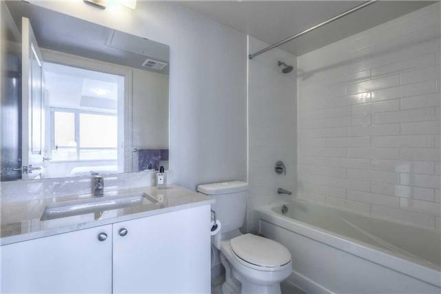 Condo Apartment at 8130 Birchmount Rd, Unit 809, Markham, Ontario. Image 7