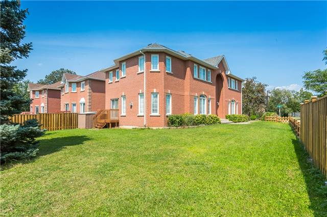 Detached at 282 Manhattan Dr, Markham, Ontario. Image 11