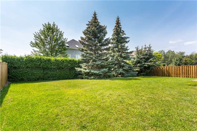 Detached at 282 Manhattan Dr, Markham, Ontario. Image 13
