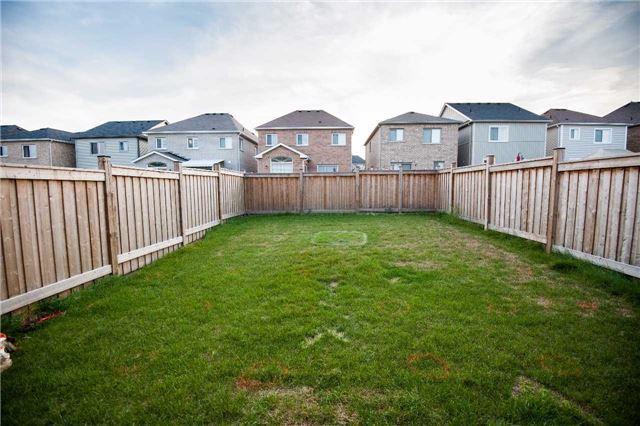 Detached at 26 Reid Rd, Bradford West Gwillimbury, Ontario. Image 7