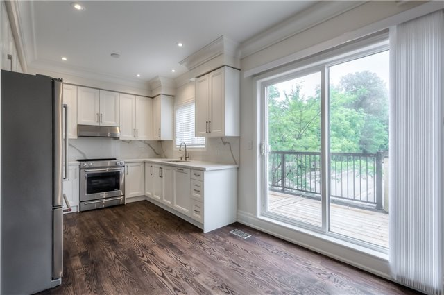 Townhouse at 8899 Bayview Ave, Richmond Hill, Ontario. Image 12