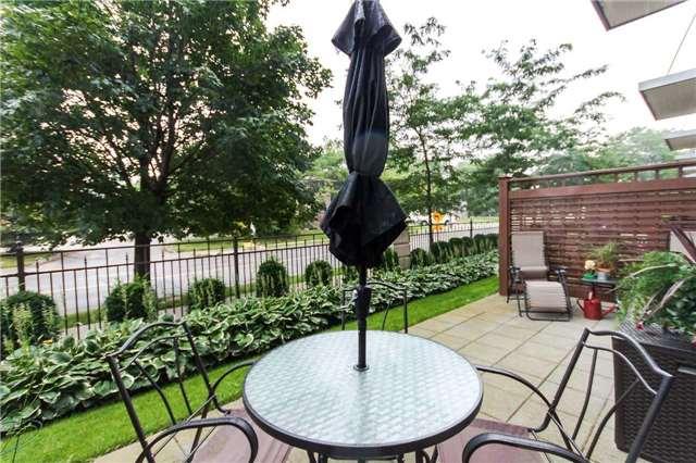 Condo Apartment at 18 Harding Blvd, Unit 102, Richmond Hill, Ontario. Image 13