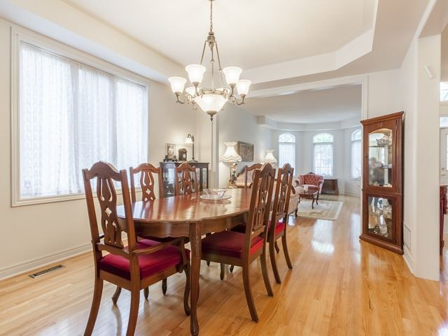 Detached at 221 Sunset Beach Rd, Richmond Hill, Ontario. Image 16