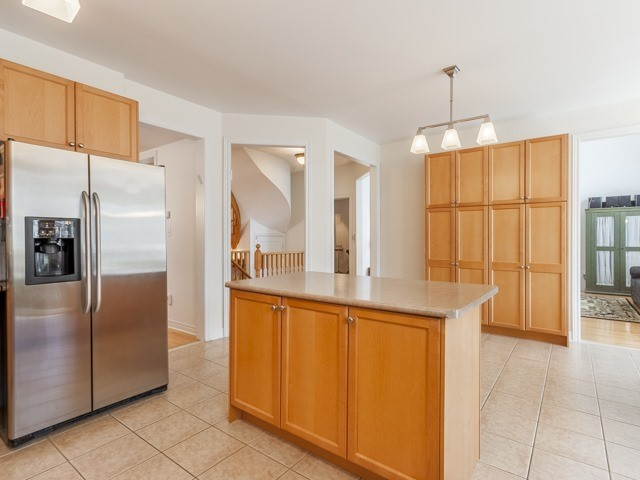 Detached at 221 Sunset Beach Rd, Richmond Hill, Ontario. Image 19