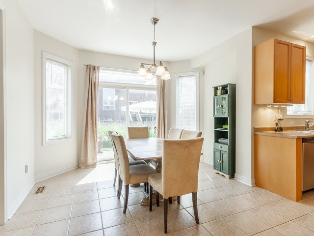 Detached at 221 Sunset Beach Rd, Richmond Hill, Ontario. Image 20