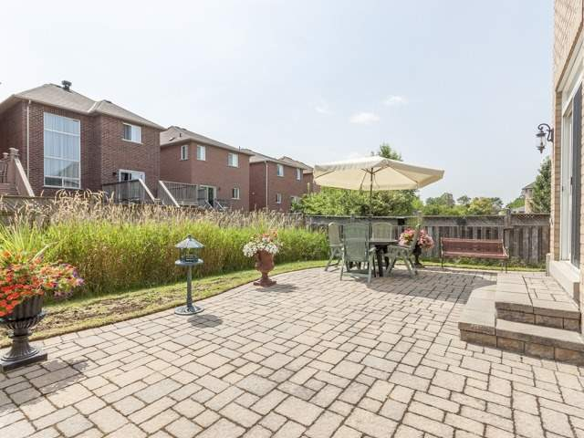 Detached at 221 Sunset Beach Rd, Richmond Hill, Ontario. Image 11