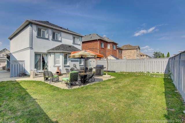 Detached at 57 Muirside Rd, Vaughan, Ontario. Image 8