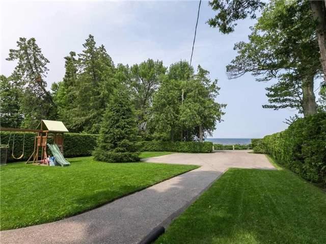 Detached at 233 Hedge Rd, Georgina, Ontario. Image 10