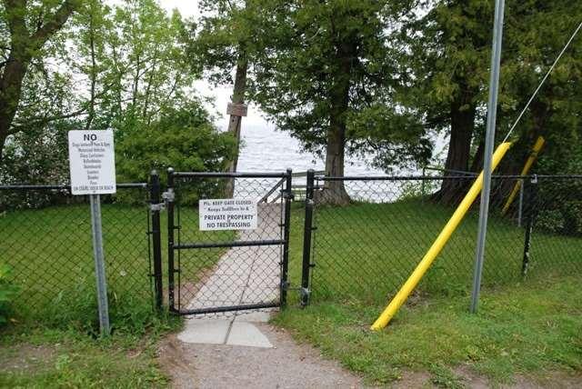 Detached at 48 Farley Circ, Georgina, Ontario. Image 9