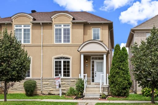 Semi-detached at 8 St James Crt, Markham, Ontario. Image 1