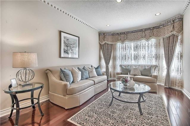 Detached at 93 Clarendon Dr, Richmond Hill, Ontario. Image 15
